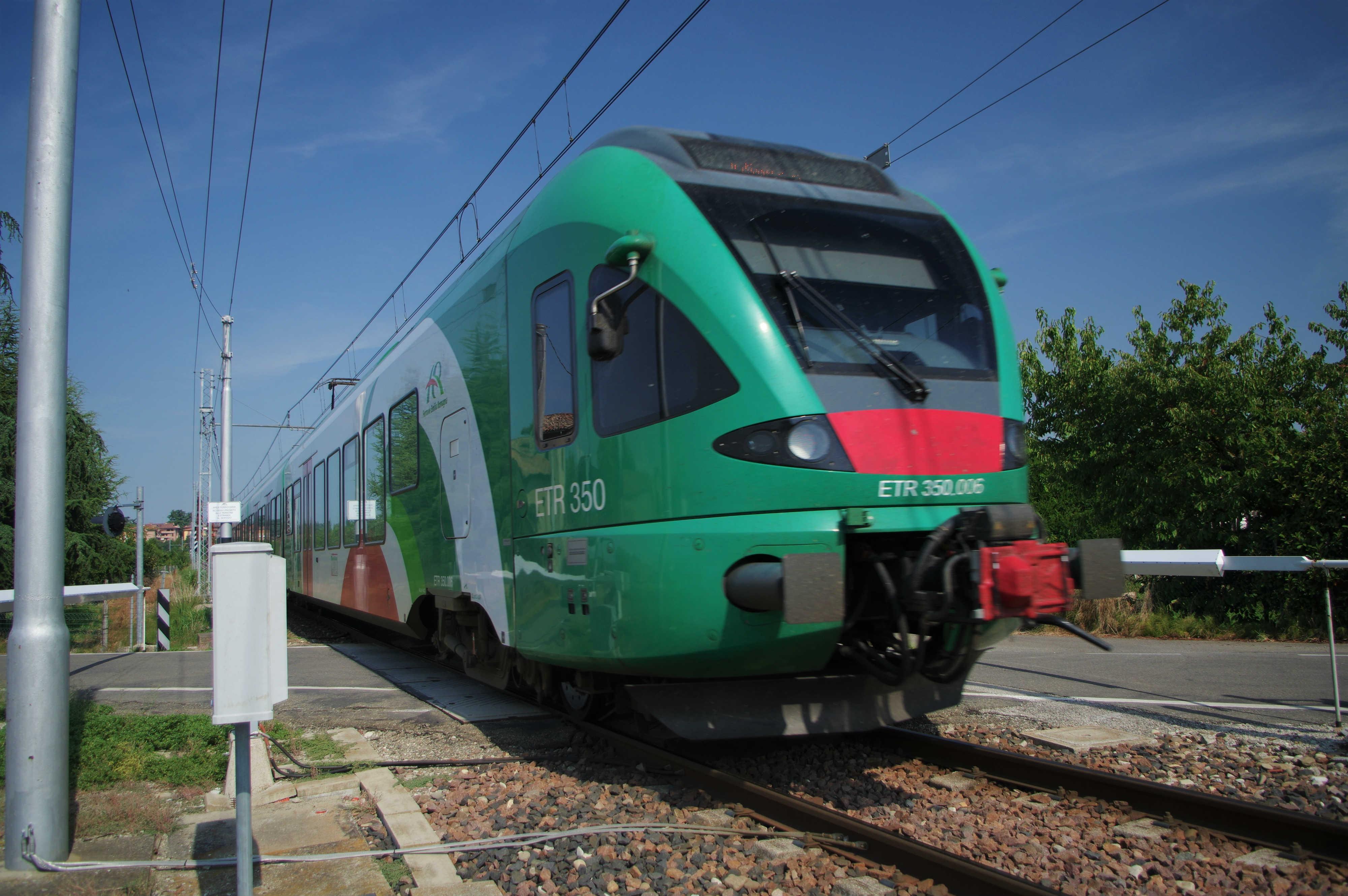 Uno dei nuovi ETR 350 in servizio sulla Bologna-Vignola.